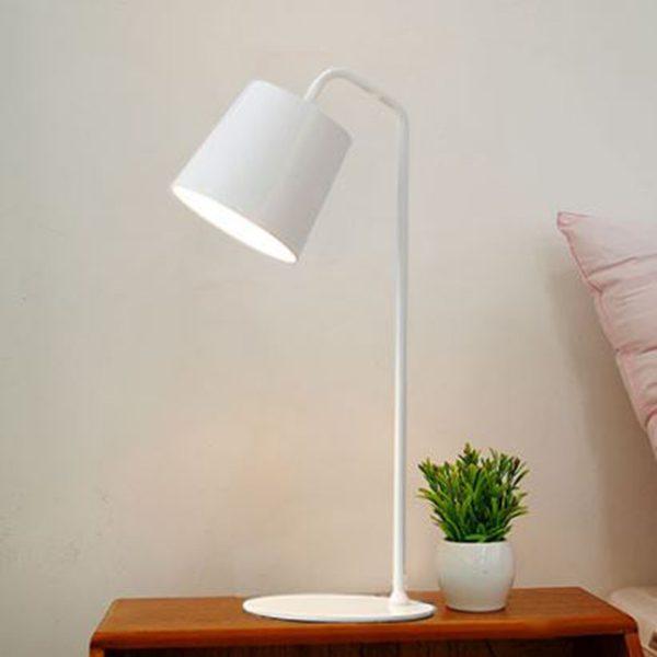 Đèn Để Bàn Light – DB19